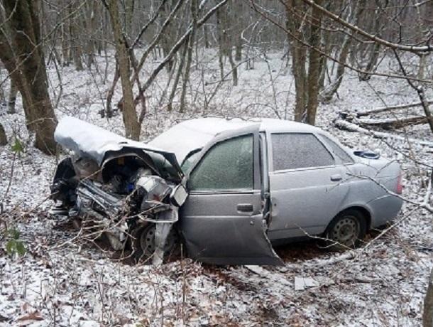 Водитель «Приоры» погиб в лобовом ДТП с «Киа» на трассе под Ставрополем