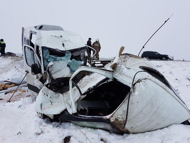 НаСтаврополье два человека погибли вДТП смаршруткой