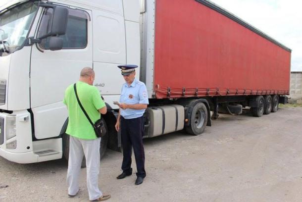 На Ставрополье грузовикам запретили ездить по дорогам