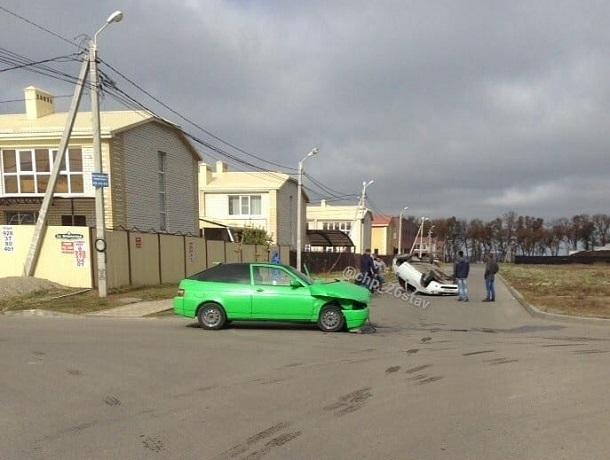 Тюнингованная «двенашка» попала в ДТП с «Калиной» в Михайловске