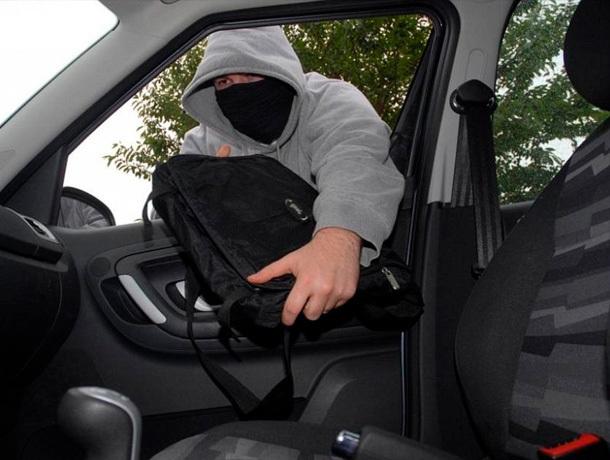 Похититель имущества из автомобилей найден на Ставрополье