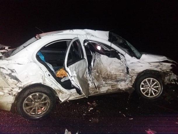 Четырех человек увезла реанимация после серьезного ДТП с 3 авто на Ставрополье