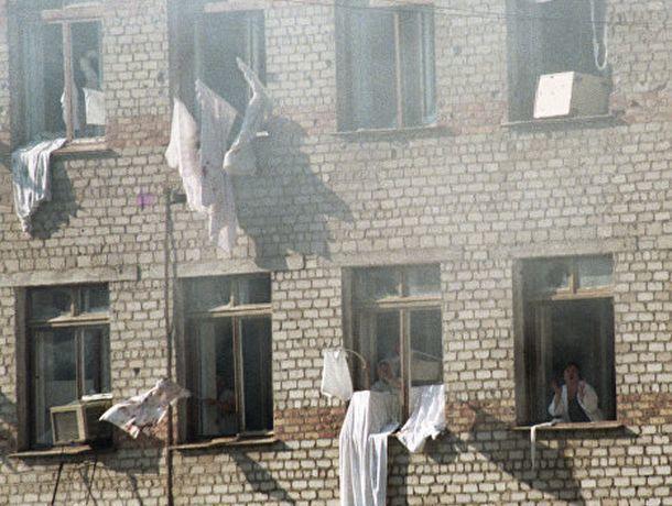 14 лет общего режима получил террорист, напавший на больницу в Будённовске