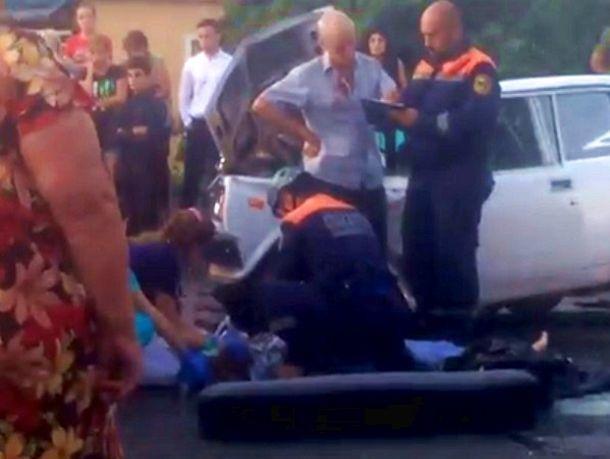 ВСтаврополе двадцатилетний лихач устроил смертельное ДТП, вкотором погибла женщина