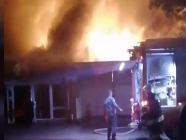 На Ставрополье в селе сгорело кафе