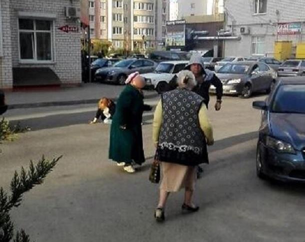 Кровавую драку устроили жители двора в Ставрополе из-за шашлыков на детской площадке
