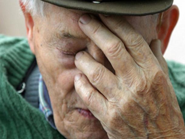 На Ставрополье мужчина ограбил 82-летнего пенсионера
