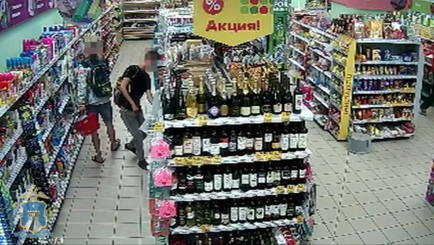 Ставропольские парни украли в супермаркете средства для ухода и гигиены