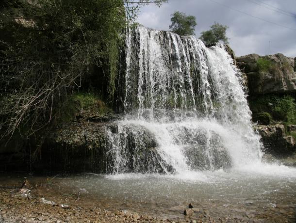 Водопады Кисловодска признали одними из самых красивых в стране