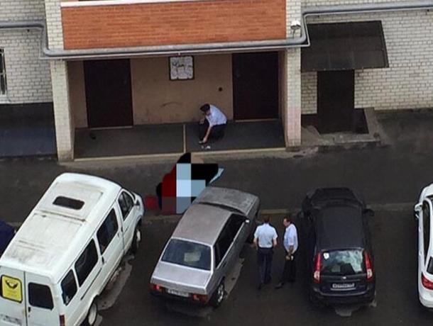 В Ставрополе мужчина выпал из окна многоэтажного дома
