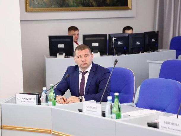 В распоряжении «Блокнота» оказались фото и видео с задержания министра Когарлыцкого
