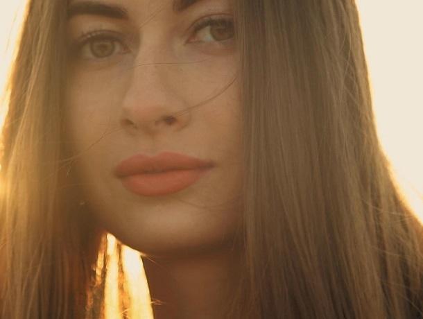 «Не победа, а участие - отговорка слабаков», - финалистка конкурса «Мисс Блокнот» Анастасия Долбня