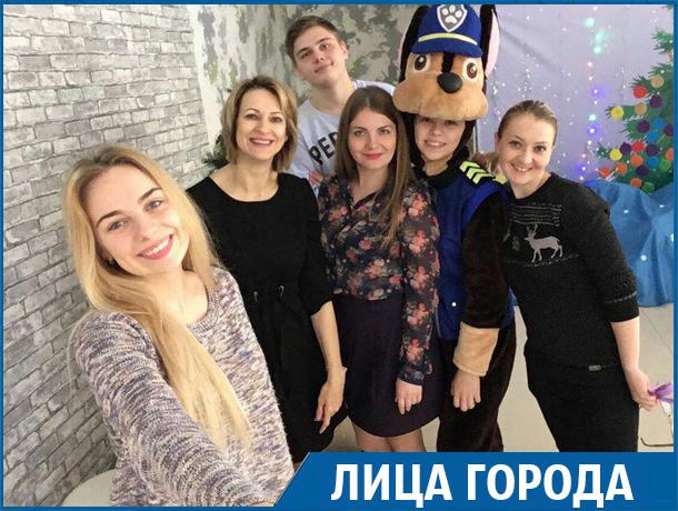 Неизвестные герои: группа единомышленников проводит праздники для сирот и инвалидов на Ставрополье