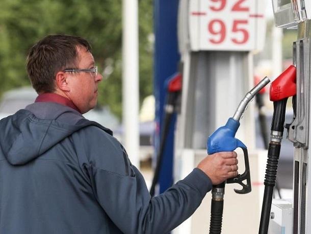 Цены на бензин на Ставрополье одни из самых высоких на Юге России