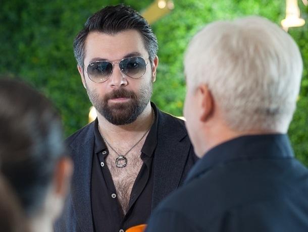 Звезда российского шоу-бизнеса Алексей Чумаков посетил «Гармонию»