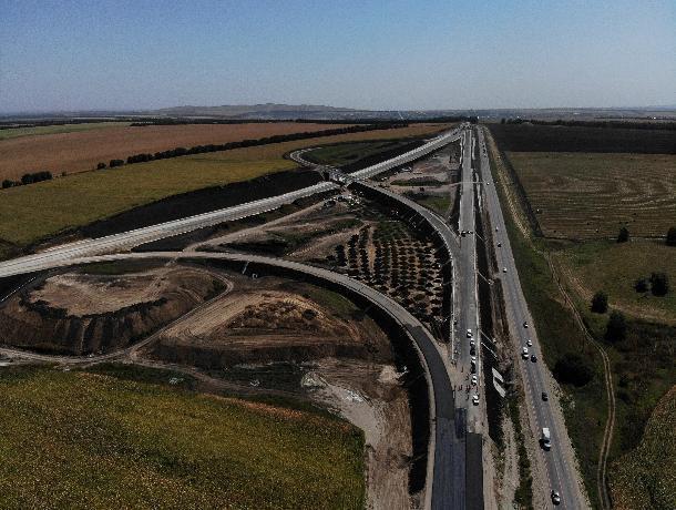 На границе Ставрополья и КБР восстанавливают крупную дорожную развязку