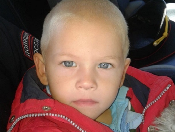 Пропавший 3-летний мальчик «наделал  шума» в мессенджерах Ставрополья