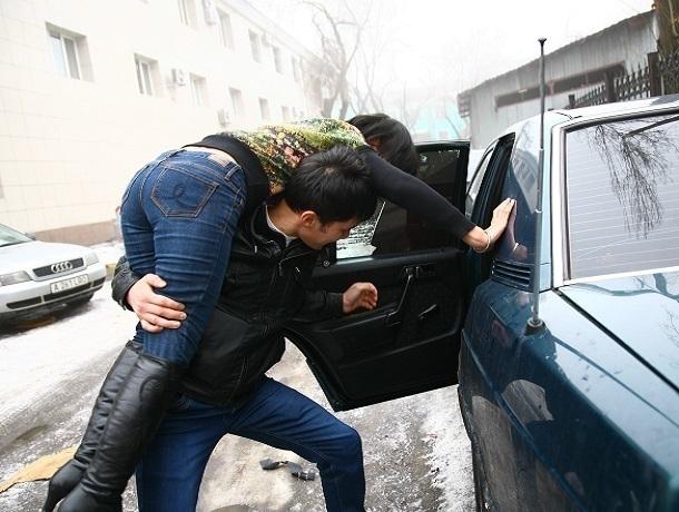 «Кавказская пленница» отказалась стать женой похитившего ее влюбленного на Ставрополье