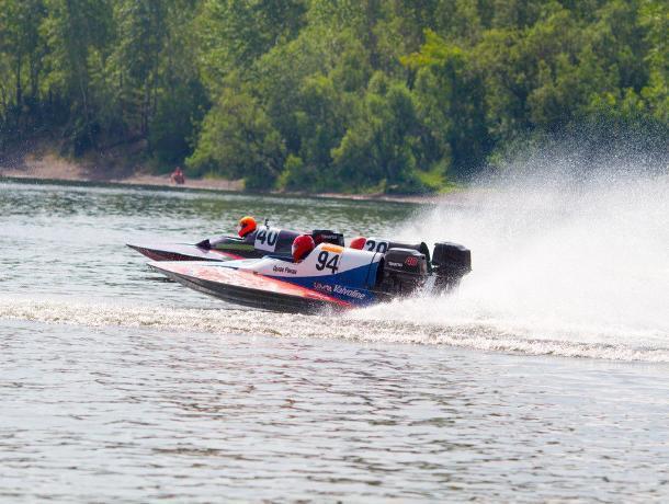 На Ставрополье впервые за 30 лет открылся Кубок России по водно-моторному спорту