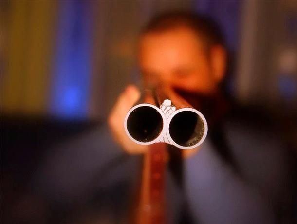 Мужчина с ружьем угрожал подросткам убийством на Ставрополье