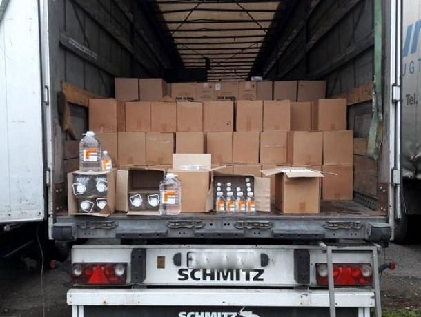 23 тысячи литров медицинского спирта без документов задержали на Ставрополье