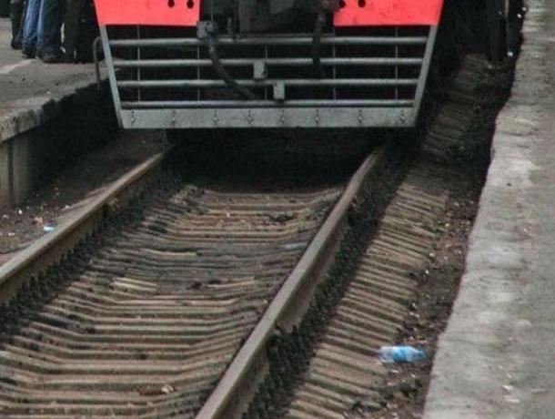 ВПятигорске электричка сбила насмерть пенсионерку