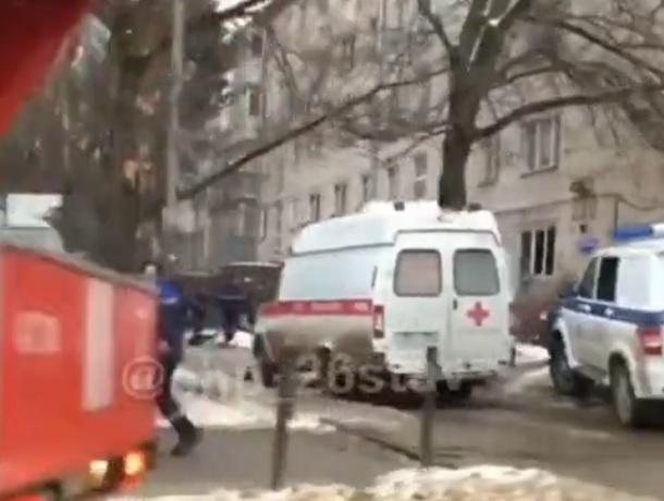 Горящий диван вызвал переполох в многоэтажке Ставрополя