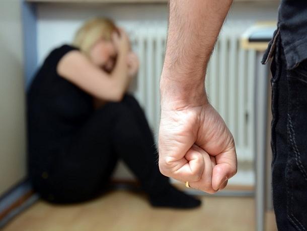 Мужчина до смерти забил мать руками и ногами в Пятигорске