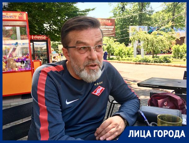 «Русские врачи денег не берут»: ставропольский стоматолог спас в самолете итальянку