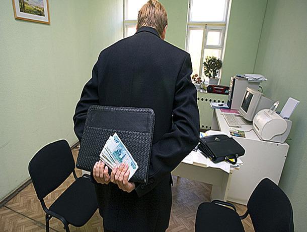 ВСтаврополе завкафедрой установил зачет студенту за1,5 тыс. руб.
