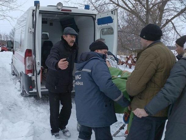 Для погрузки 150-килограммового мужчины в «скорую» пришлось вызывать спасателей на Ставрополье