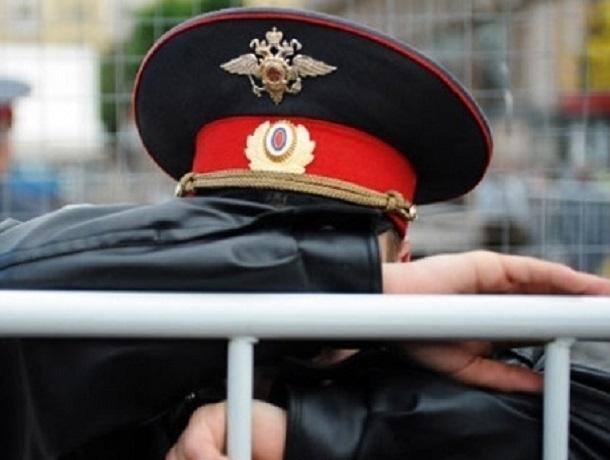 Неизвестный мужчина убил сотрудника ставропольского главка полиции и возил тело в багажнике машины убитого
