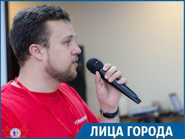 Глава Молодежки ОНФ Ставрополья о безработице, спивающейся молодежи в селах и альтернативах