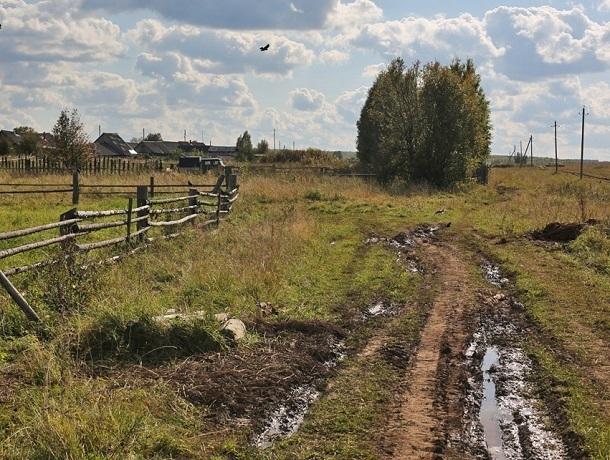 Администрацию Левокумского района обязали взять на контроль заброшенные дороги