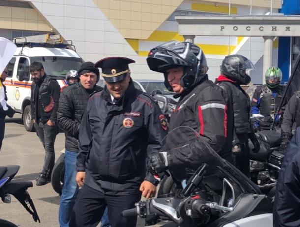 Мэр города Андрей Джатдоев возглавил мотопробег в Ставрополе
