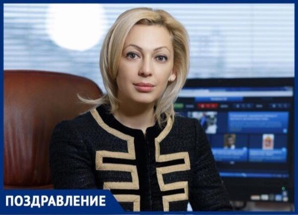 Сегодня день рождения отмечает вице-спикер Госдумы РФ Ольга Тимофеева