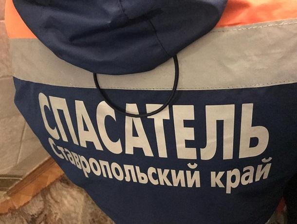 Тело 72-летней женщины в квартире нашли спасатели в Ставрополе