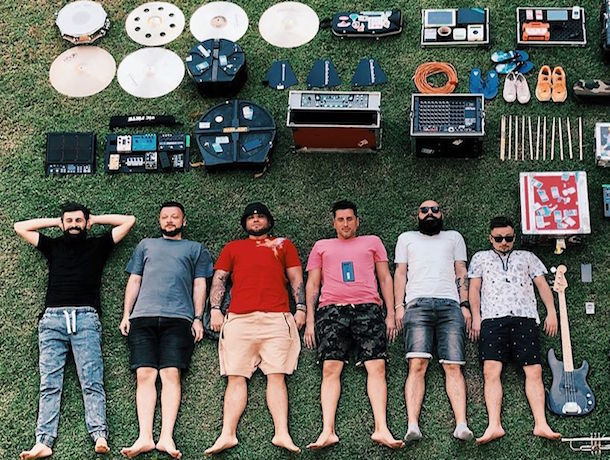 «Градусы» из Ставрополя легли на траву ради флешмоба «Тетрис»