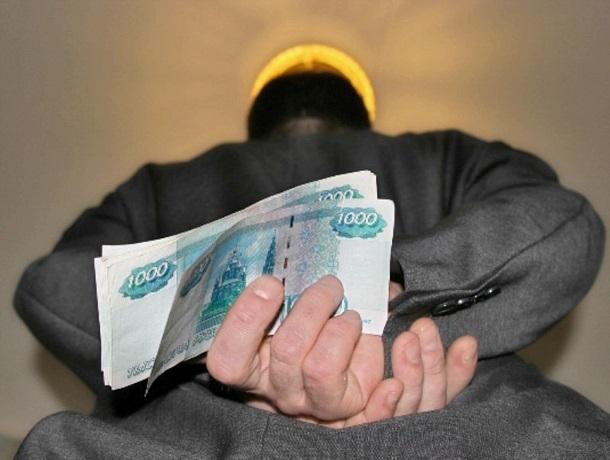 Взяткой в 2,5 миллиона рублей пытался купить полицейского житель Ставрополя