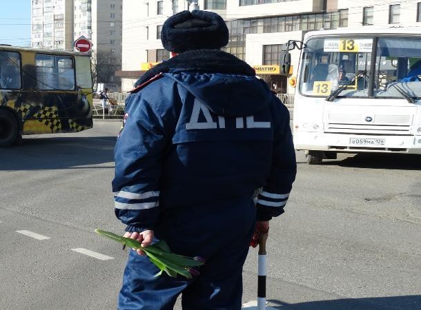 «Цветочный патруль» работает накануне 8марта вСтаврополе