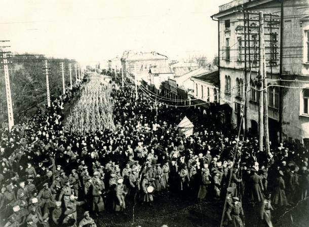 Календарь: утром 3 августа 1942 года немецкие войска начали бомбить Ставрополь