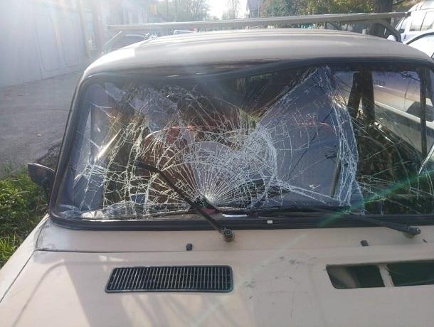 15-летнюю девочку увезли в реанимацию после ДТП с «шестеркой» в Ставрополе