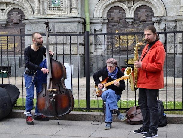 Уличным музыкантам Ставрополя мэрия предоставляет площадки для выступлений