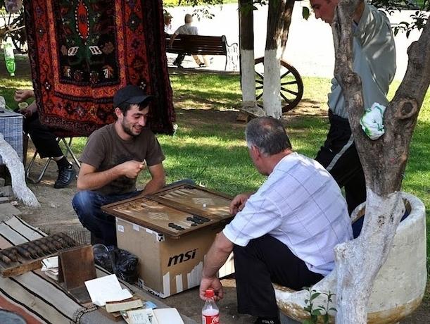 Художественные промыслы Кавказа начали вытеснять азиатские сувениры