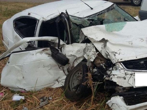 НаСтаврополье влобовом столкновении 1 человек умер, четверо ранены