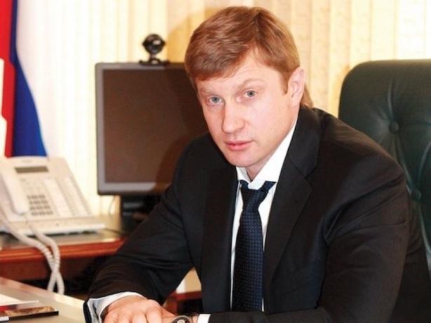 Сидящему третий год в СИЗО ставропольскому экс-министру Васильеву припомнили успехи в работе