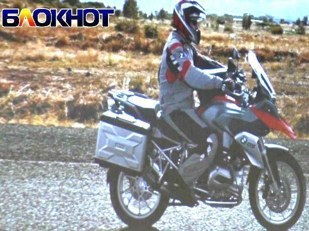 Проехавший из Владивостока до Сочи на мотоцикле мировой рекордсмен рассказал о своем невероятном путешествии в Ставрополе