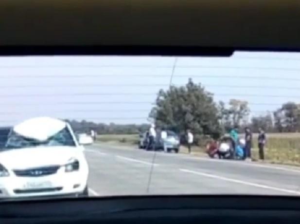 Белая «Приора» сбила насмерть сотрудника ГИБДД под Ставрополем, - очевидцы
