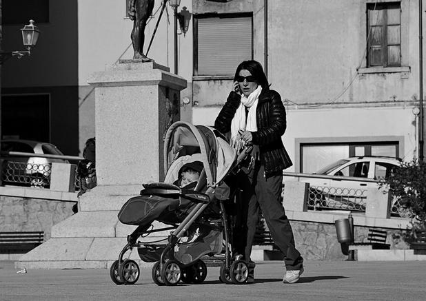 Скутерист в Ставрополе сбил коляску с ребенком