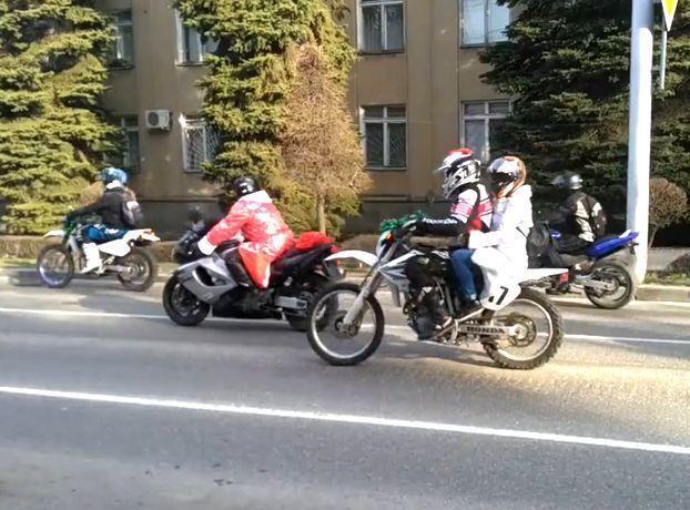 Открытие зимнего мотосезона провели  байкеры на улицах Ставрополя